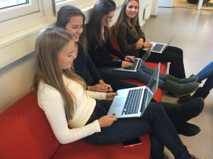Norwegian students skyping with students in Australia